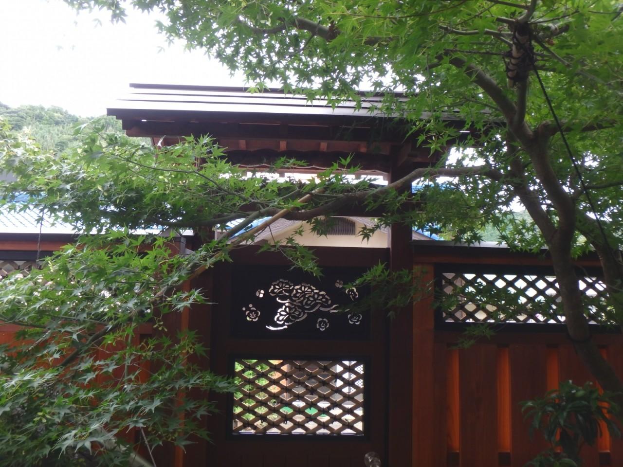 屋根ガルバリウム平葺き・笠木(東伊豆町)